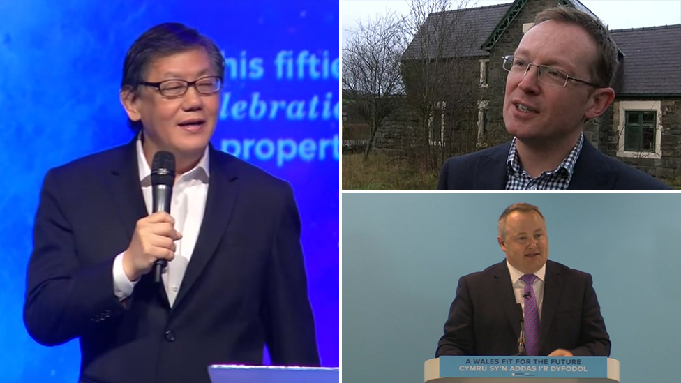 Politicians urged to cut ties with 'homophobic' pastor