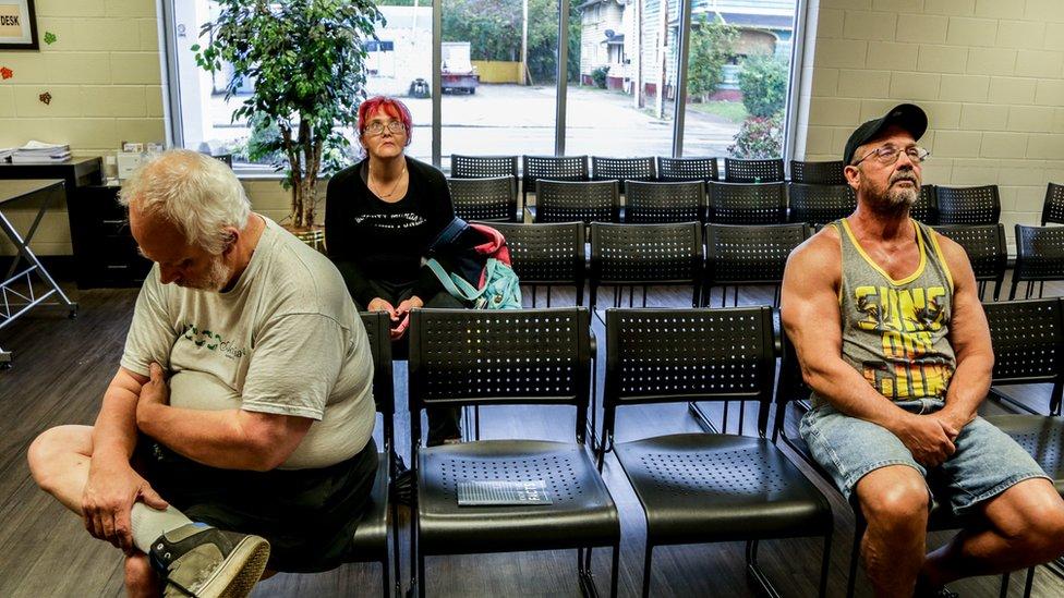 Pacientes esperando