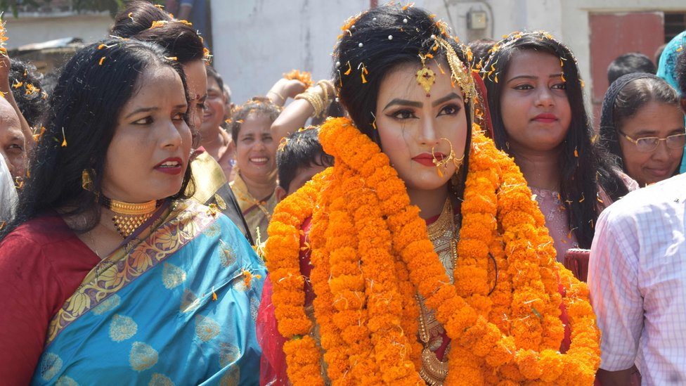 العروس خديجة أثناء حفل الزفاف