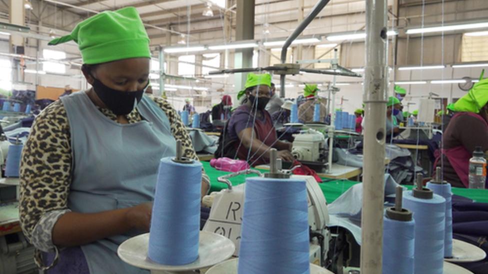 حياة الالاف من الناس تعتمد على الصلات التجارية بين أفريقيا والولايات المتحدة