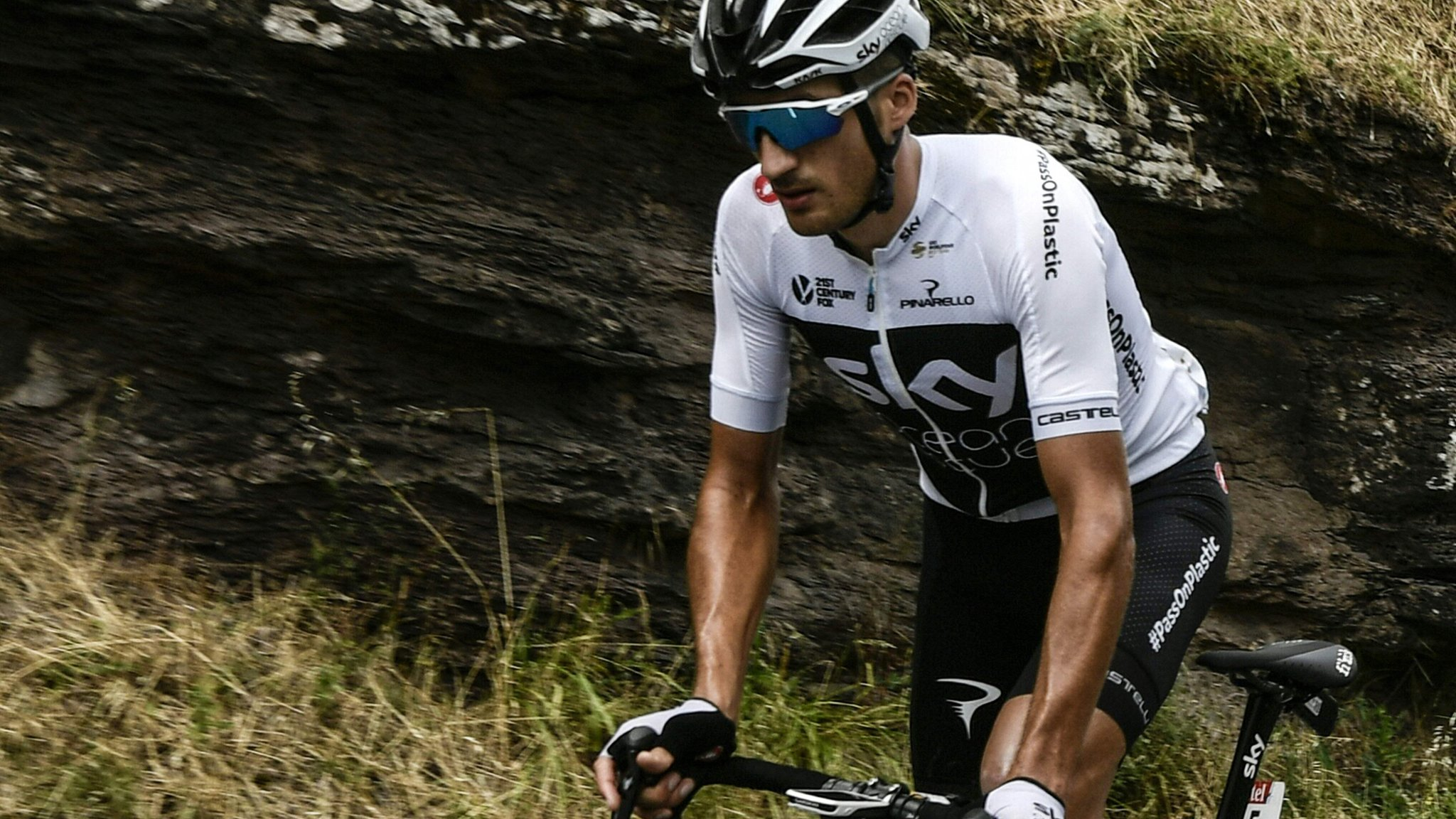 Tour de France 2018: Team Sky's Gianni Moscon disqualified after hitting rider