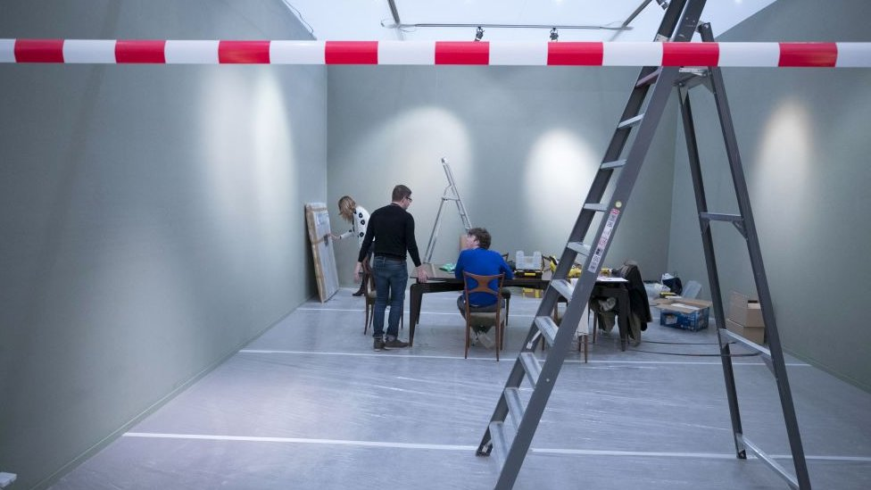 Hollanda'nın Maastricht kentindeki TEFAF Sanat Fuarı