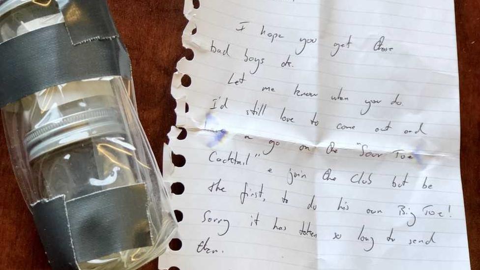 La carta escrita a manos que Griffiths envió al hotel Downtown.