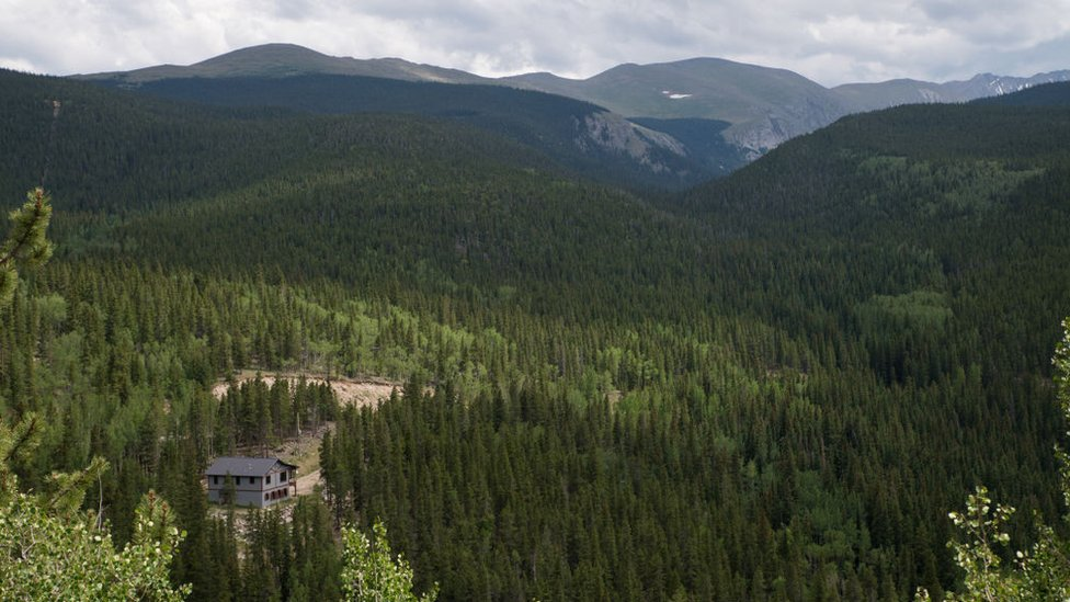 The Mt Evans area, one hour's drive west of Denver, is covered in snow at this time of year