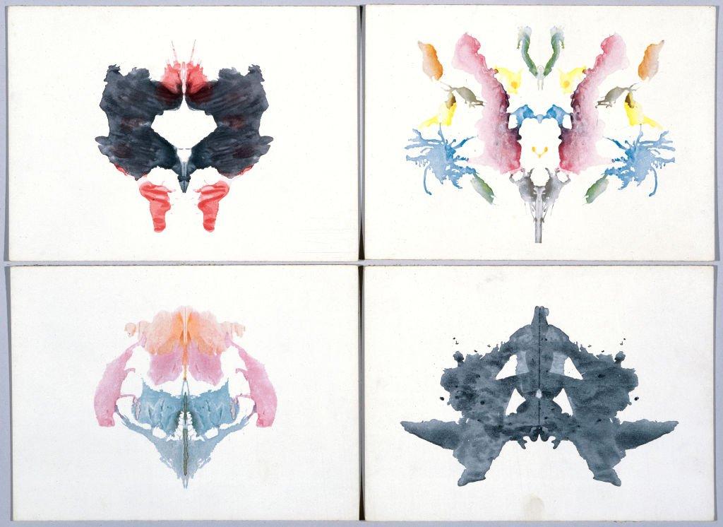 Cuatro láminas de las pruebas de Rorschach