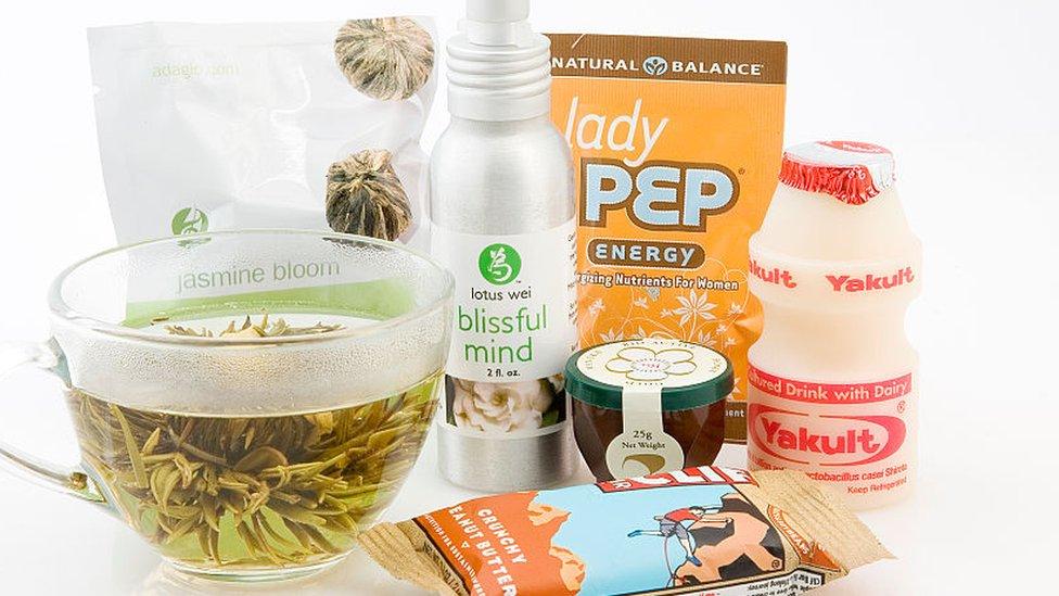 Alimentos y productos promocionados como naturales