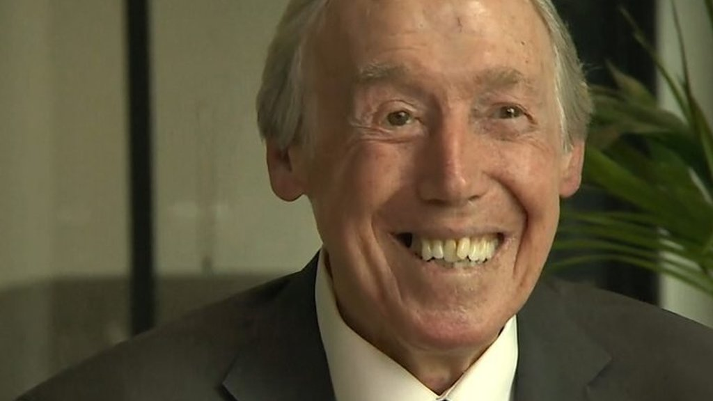 Gordon Banks describes wonder save from Pele