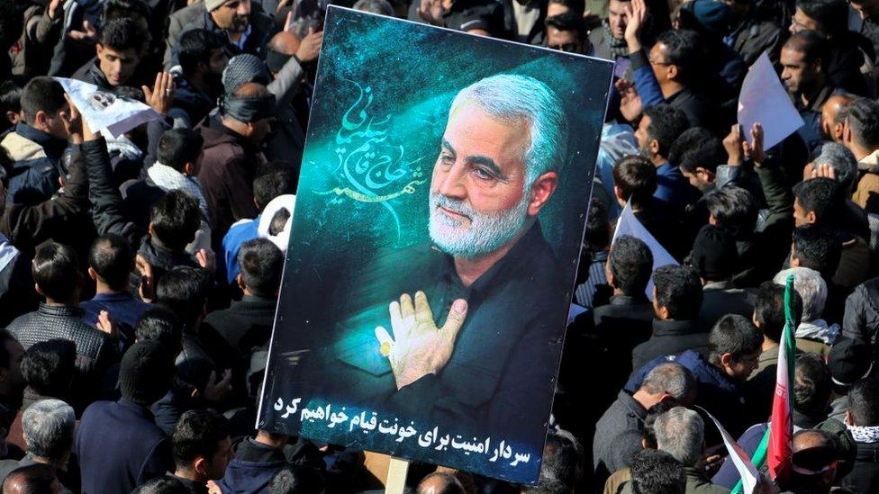 Iraníes durante el funeral de Qasem Soleimani