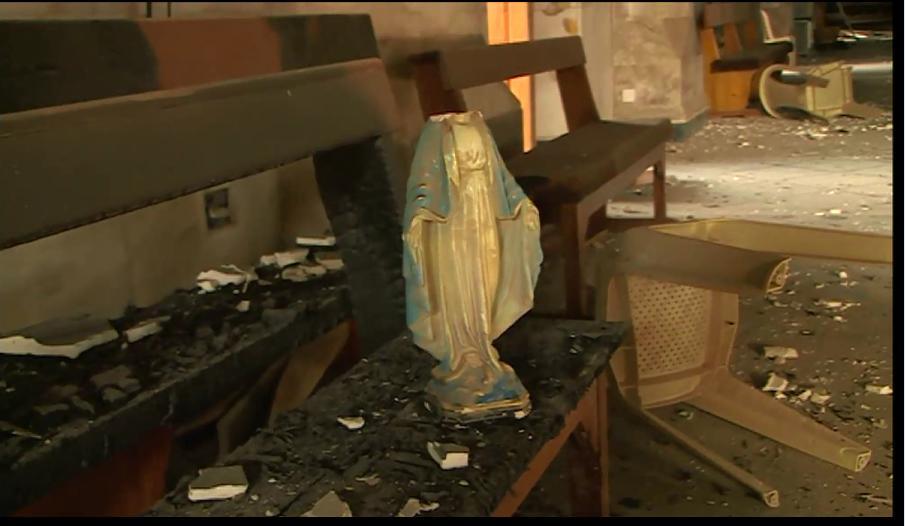 تمثال مكسر لمريم العذراء