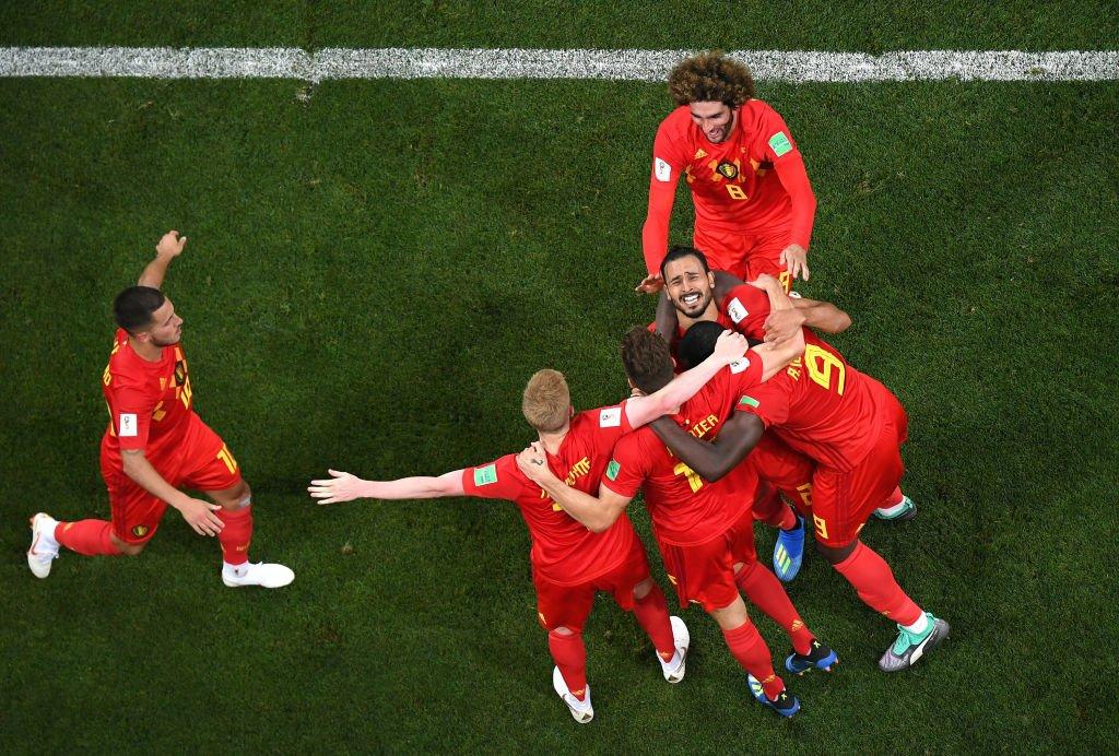 Así celebraron los jugadores belgas el tanto de Chadli frente a Japón.