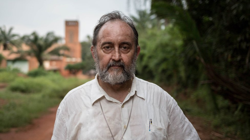 Uskup Juan Jose Aguirre Munoz