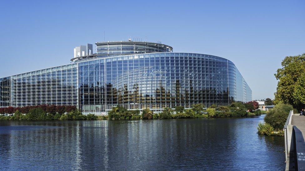 Prema anketama populističke i euroskeptične grupe dobro će proći na evropskim izborima