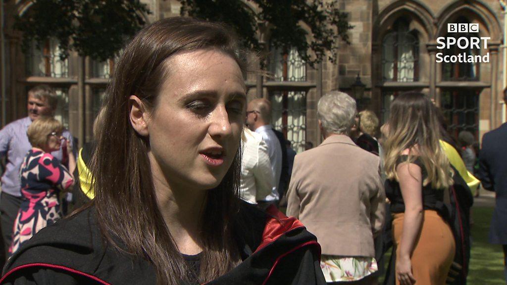 Laura Muir graduates from veterinary studies degree at University of Glasgow