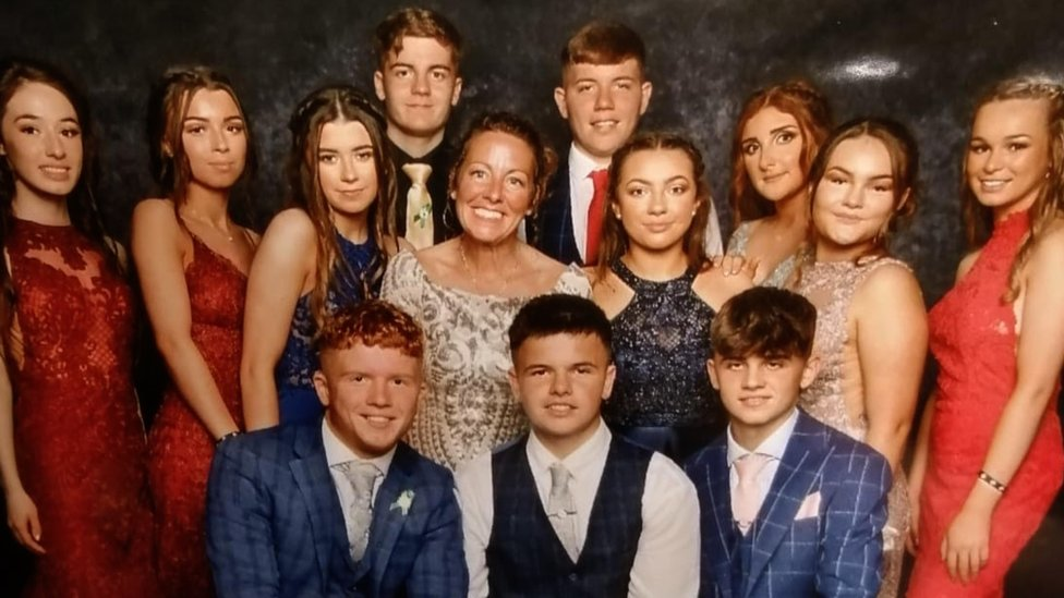 Sarah and Daisy's friends at the prom