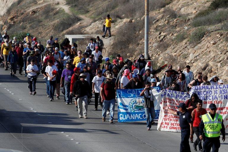 Miembros de la caravana migrante