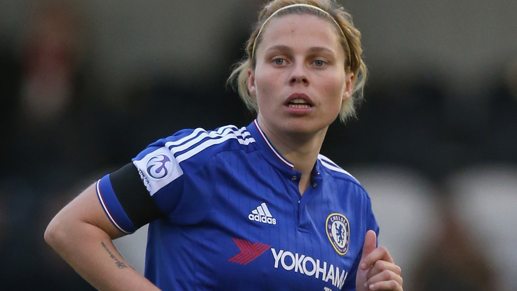 Gilly Flaherty: West Ham Ladies sign Chelsea and England defender