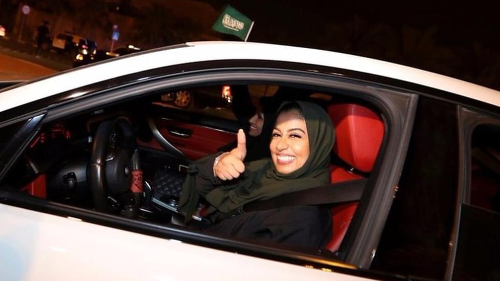 قيادة النساء