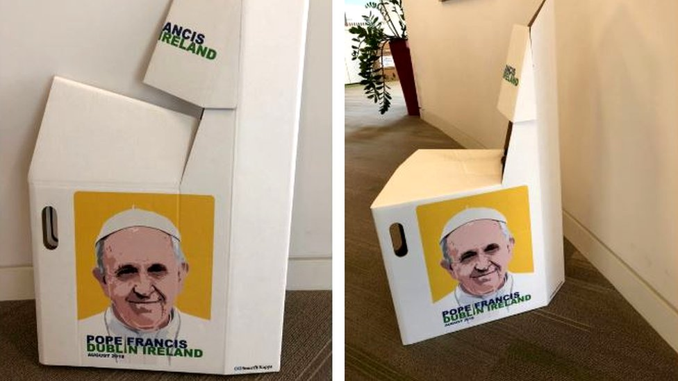 Pope chair