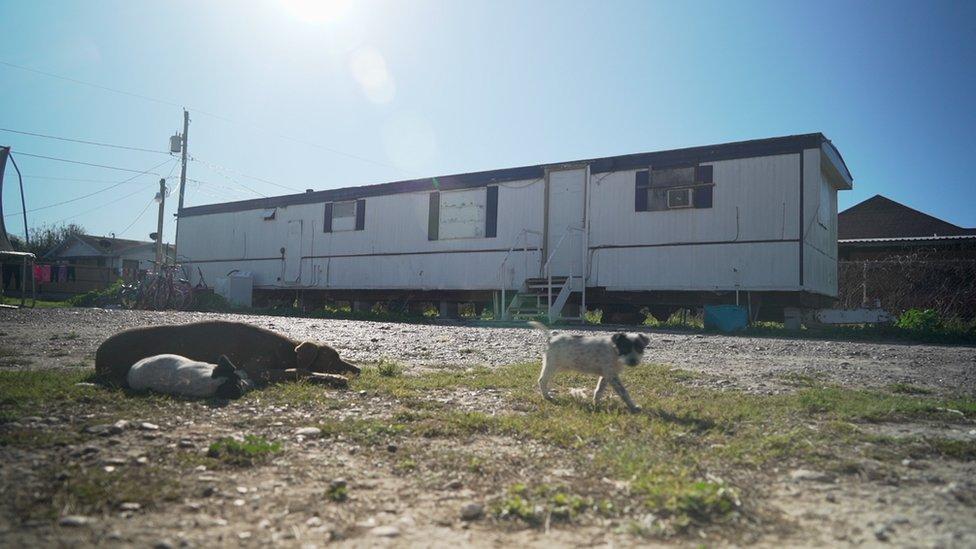Casa-trailer en Escobares City, Texas. NO USAR | BBC.