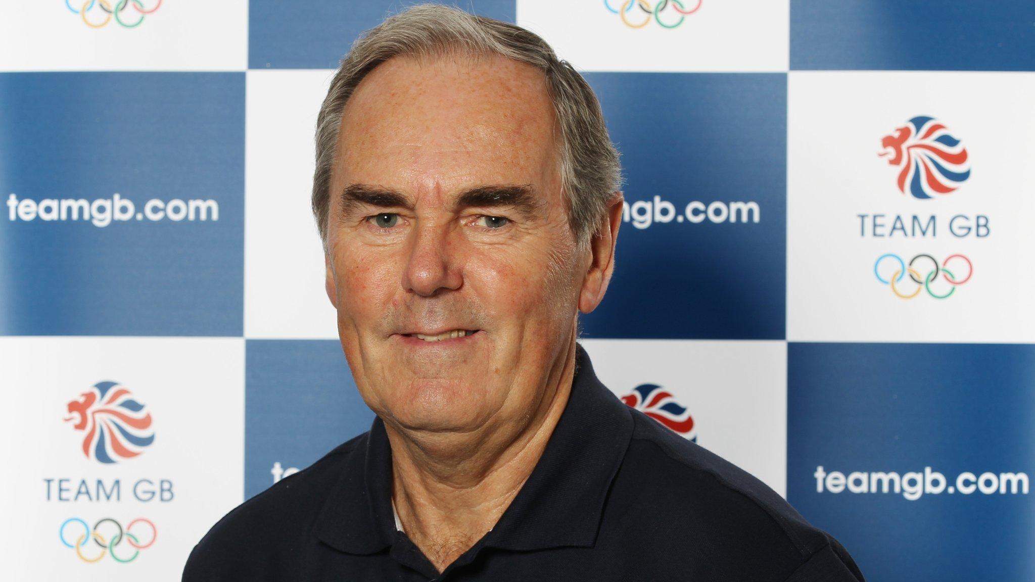 Bristol-born former Davis Cup captain Hutchins dies