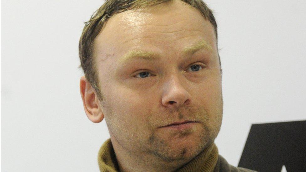 Политолога Крашенинникова оштрафовали за комментарий о