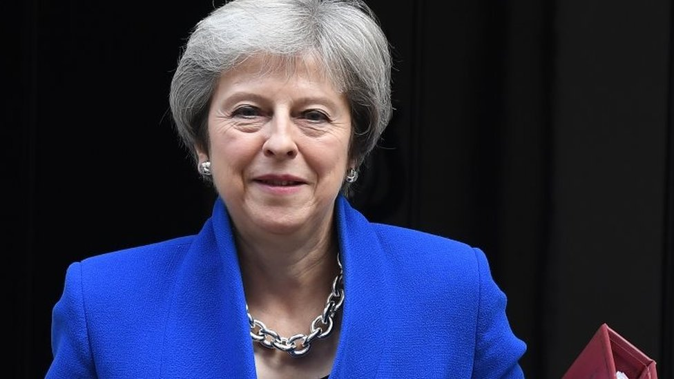 Theresa May seeks business support for Brexit plan