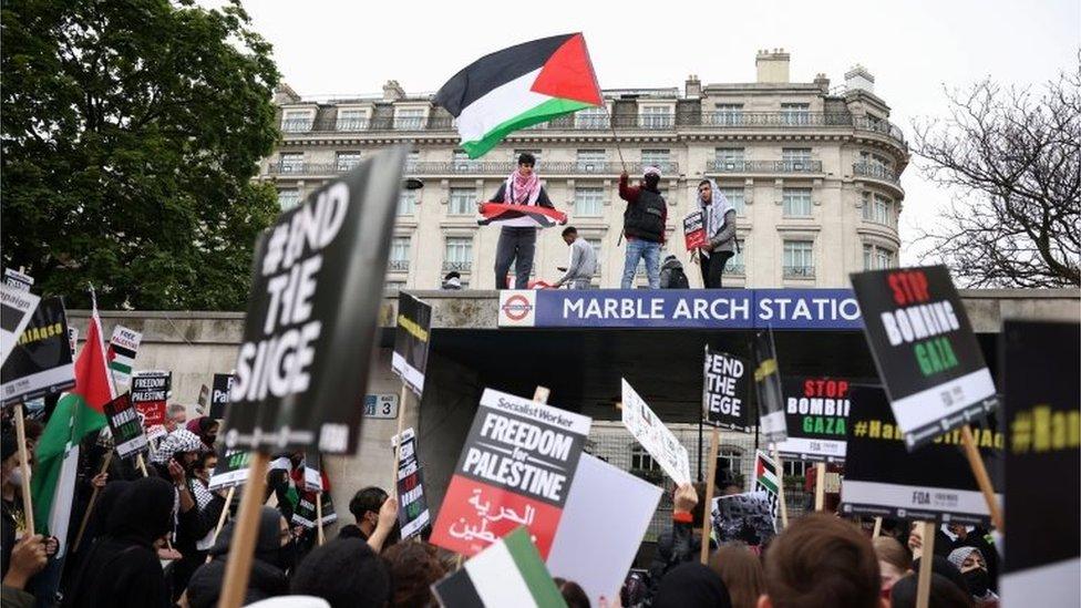 Protes pro-Palestina di London.