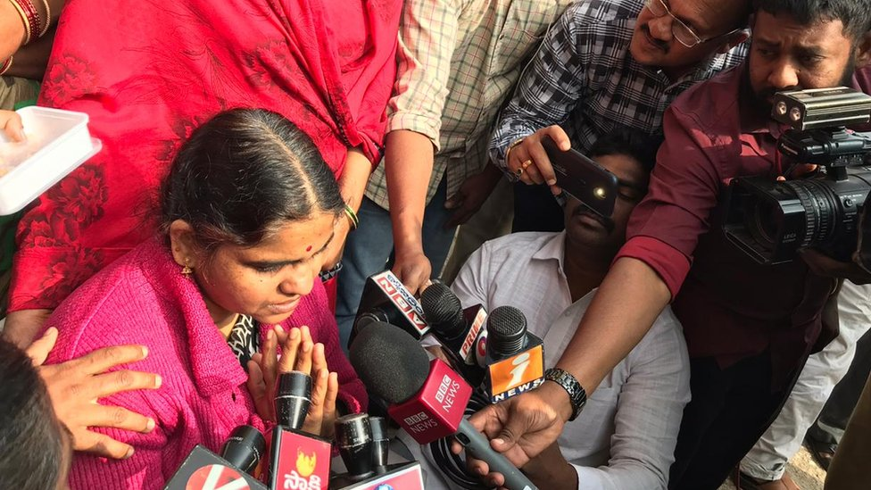 madre de la víctima en india