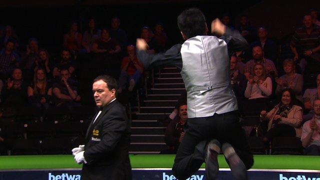 UK Championship: Liang Wenbo beats David Grace to reach final