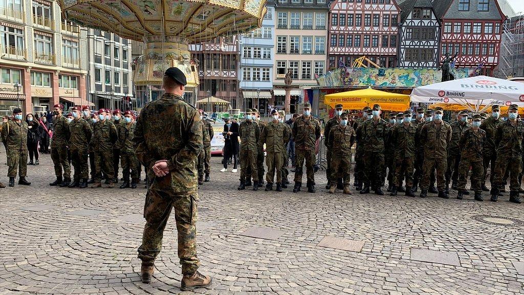 Коронавирус в мире: в Германии резкий скачок, британцы могут остаться без рождественской индейки