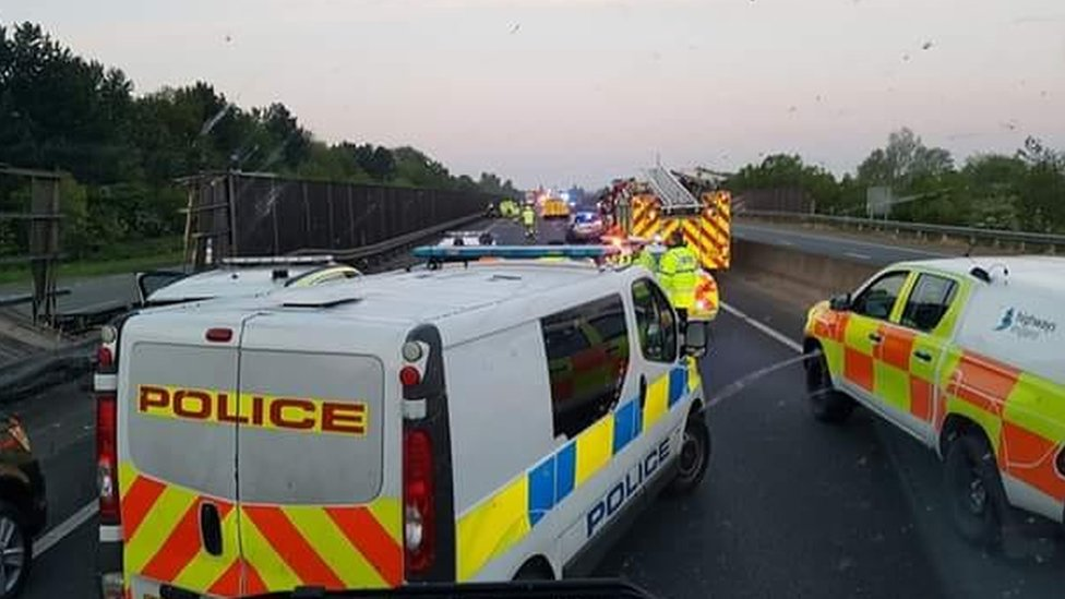 A421 near Bedford closed westbound after diesel spill