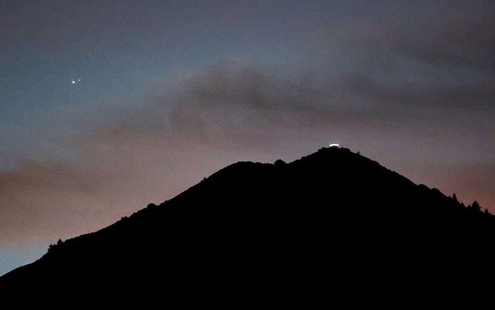 Great Conjunction above Mt Tamalpais, California