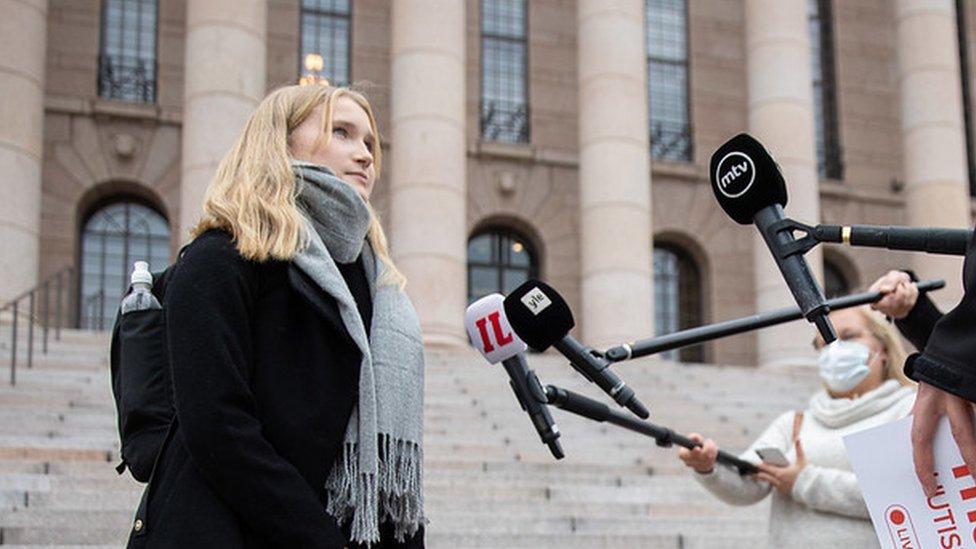 Ava Murto pred novinarima