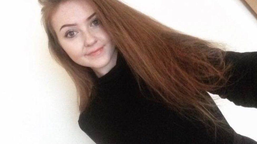 Megan Wain también fue mencionada varias veces en el chat que chicos que tenían los estudiantes.