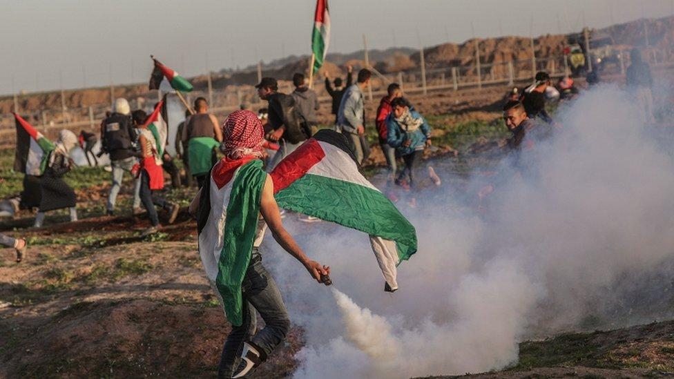 متظاهرون فلسطينيون في غزة