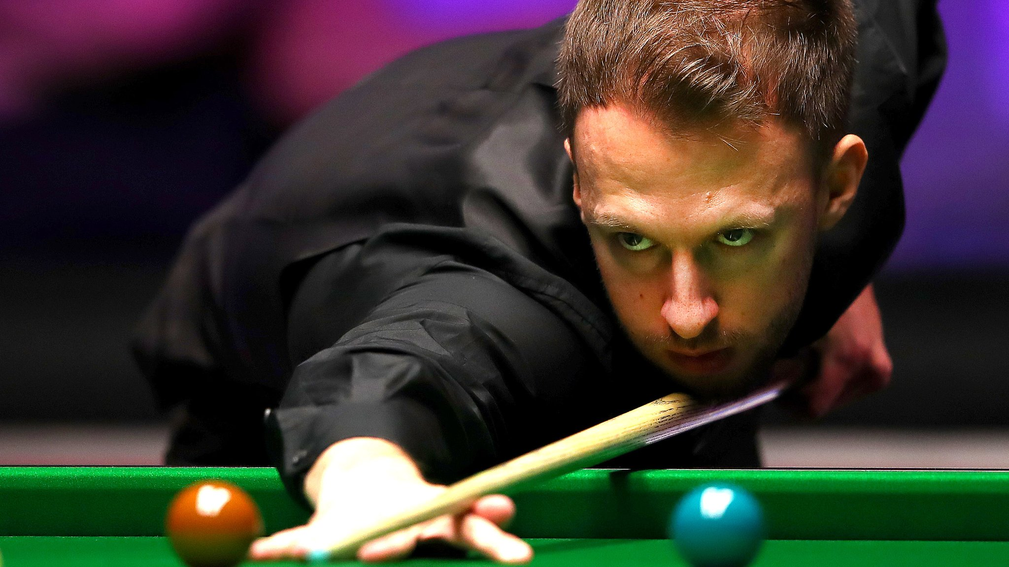 Trump beats Selby and will face Robertson in semis - highlights & report