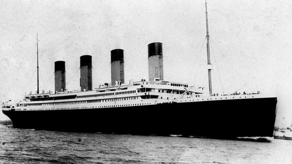 Rare Titanic poster sold for £62,000 at auction