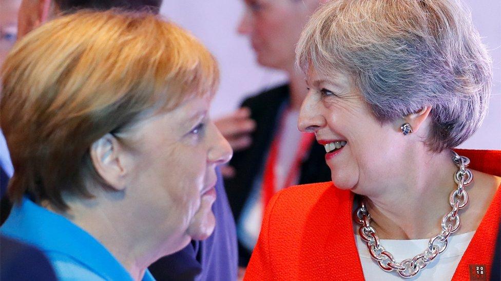 Merkel i Mej