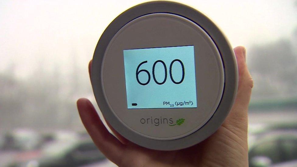 Air pollution monitor