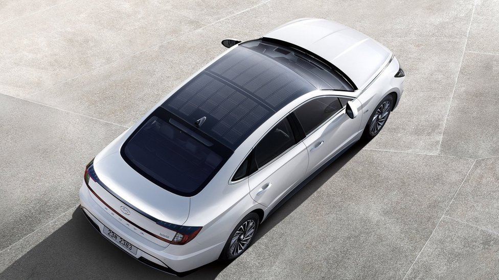 Hyundai releases car with solar panel roof - BBC News