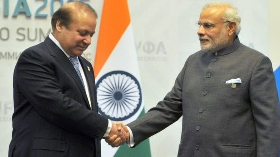 Indian PM Narendra Modi has accepted an invitation from his Pakistani counterpart Nawaz Sharif to attend a regional summit in Islamabad next year.