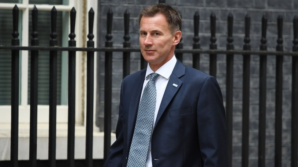 Business Brexit 'threats' are 'inappropriate' says Hunt