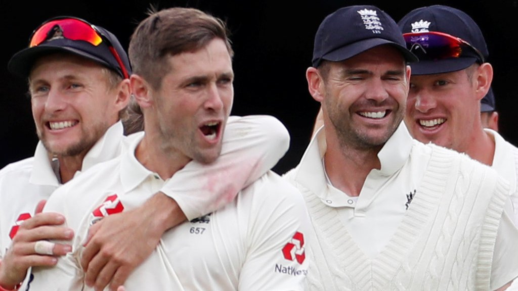 England bowlers demolish feeble India to secure crushing second-Test win