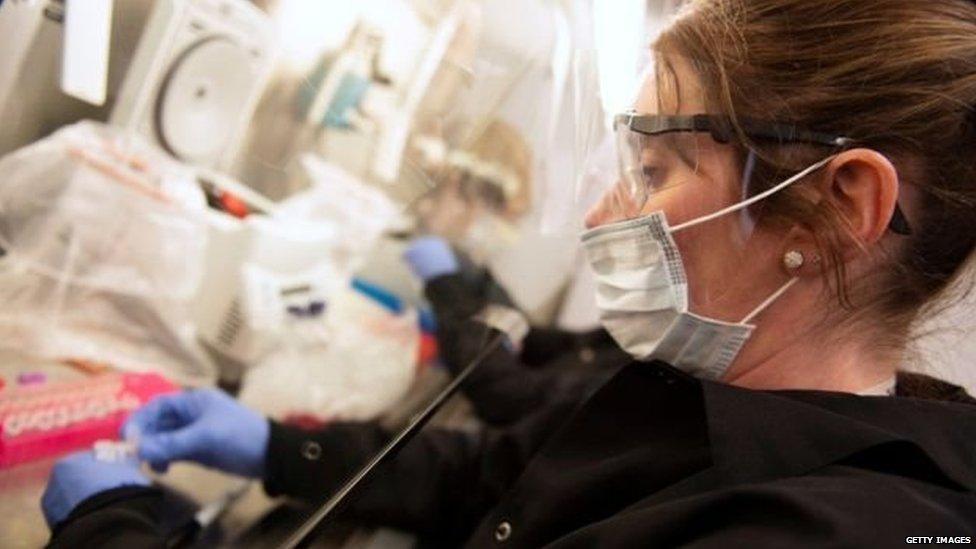 ਅਮਰੀਕੀ ਵਿਗਿਆਨੀਆਂ ਨੇ ਹਾਈਡਰੌਕਸੀਕਲੋਰੋਕੁਆਇਨ ਦੇ ਕੋਰੋਨਾਵਾਇਰਸ 'ਤੇ ਪੈਂਦੇ ਅਸਰ ਬਾਰੇ ਟ੍ਰਾਇਲ ਸ਼ੁਰੂ ਕਰ ਦਿੱਤੇ ਹਨ