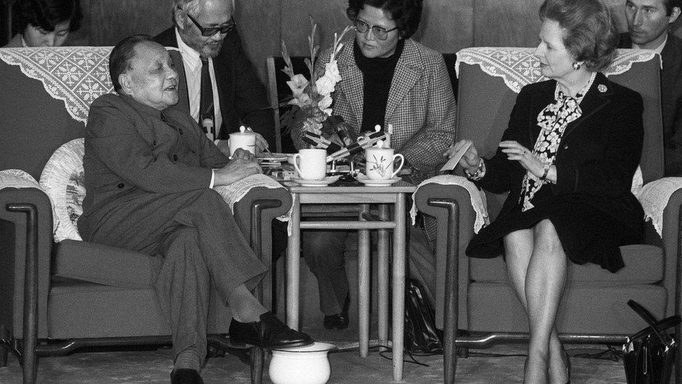 1984年12月19日,中國領導人鄧小平會見英國首相撒切爾夫人。