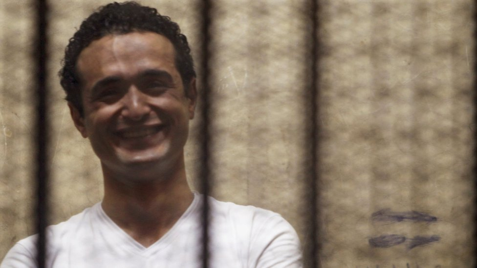File photo showing Egyptian activist Ahmed Douma in court outside Cairo on 3 June 2013
