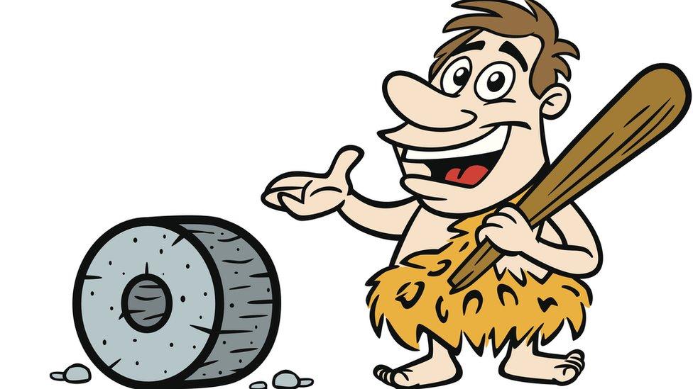 Cavernícola con rueda