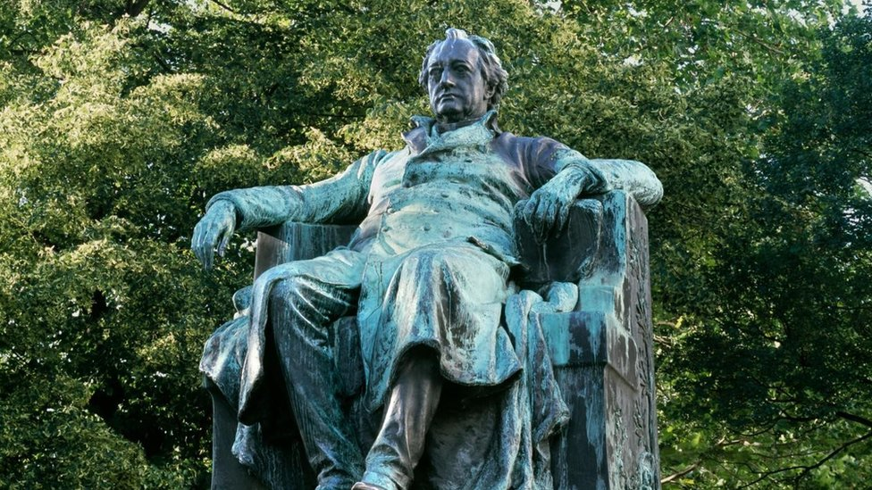 Estatua de Johann Goethe