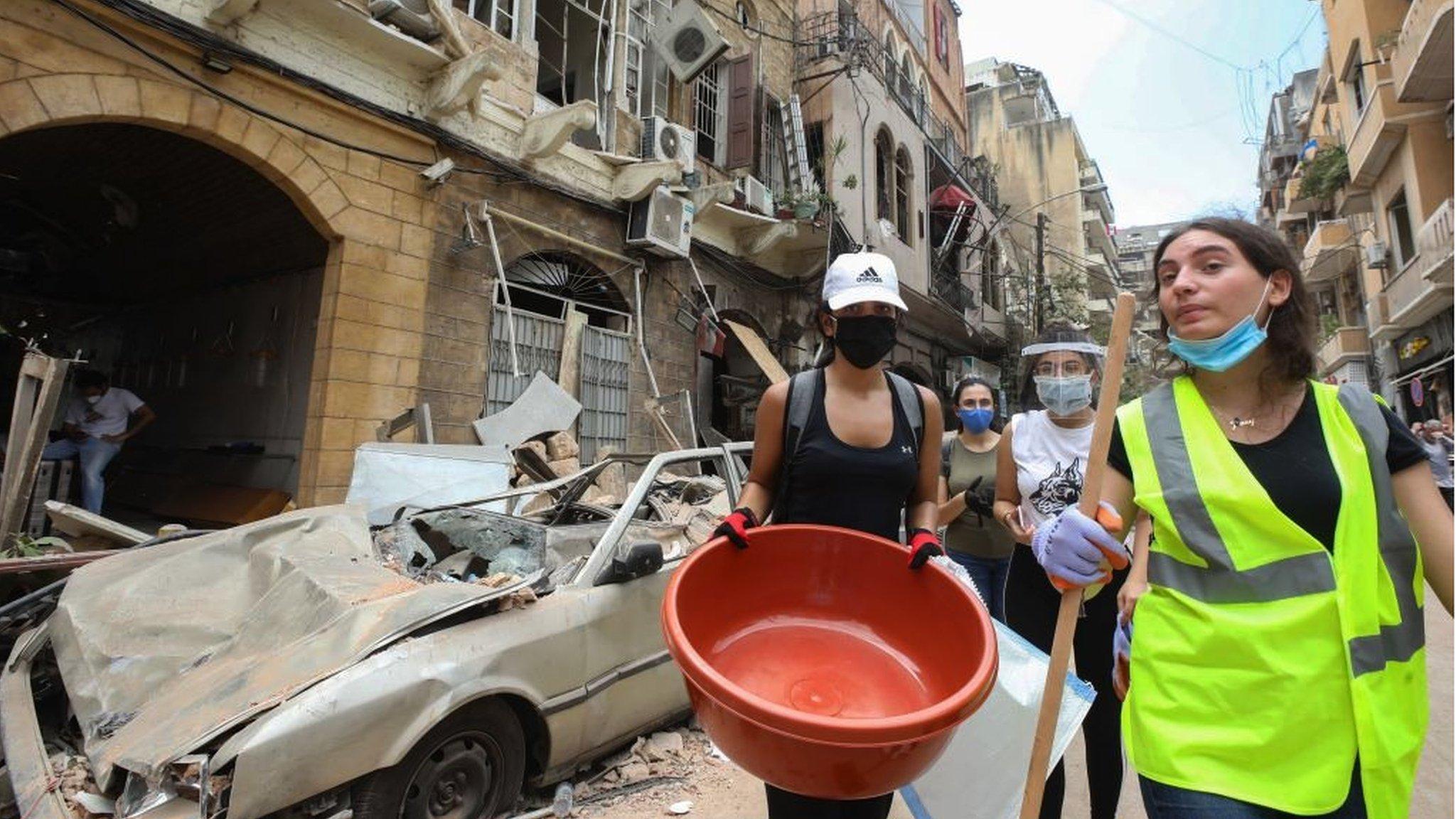 انفجار بيروت: مبادرات إنسانية ولدت من رحم الكارثة