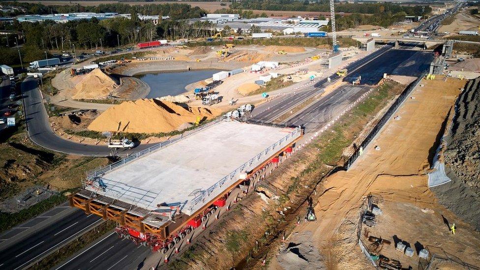 Obras en la carretera A14.